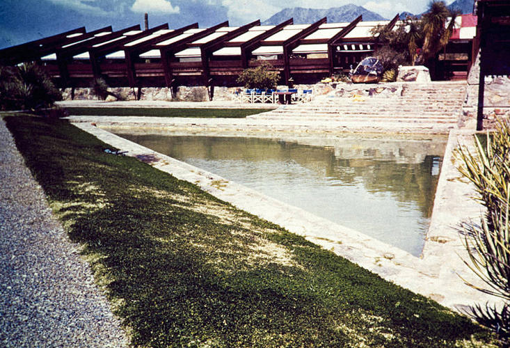<p>Taliesin West Pool, Arizona, 1938-1942. Architect: Frank Lloyd Wright</p>