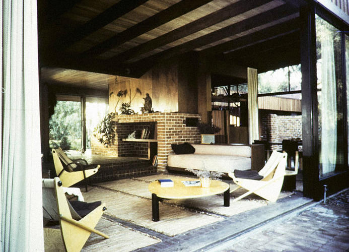 <p>Nesbitt Residence, Brentwood, Los Angeles, 1942. Architect: Richard Neutra</p>
