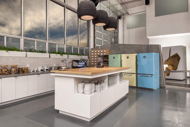 <p>The office shared kitchen. The company sourced furniture from TwoFurnish, based out of San Francisco.</p>