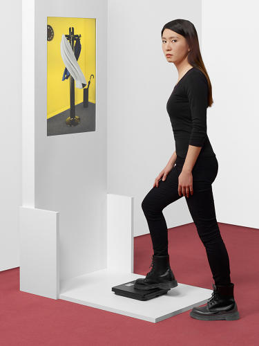 <p>ECAL/David Nguyen &amp; Fabiola Soavelo<br /> A scale alters the content of an image according to the user's weight.</p>