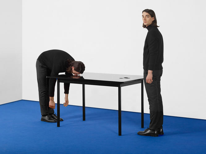 "<p>ECAL/Thomas Faucheux &amp; Arthur Moscatelli<br /> A table designed for a special ""tête-à-tête"". Through the table top one perceives a dramatic drop.</p>"