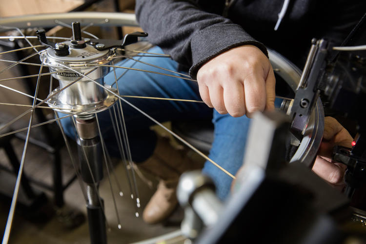 <p>Motivate is partnering with Detroit Bikes—the only major bike manufacturer located in the U.S.—which set up a new production line for the bikes.</p>