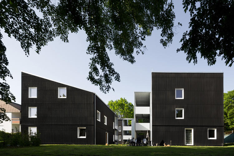 <p>Apartments for refugees designed by u3ba and Harald Baumann in Stuttgart.</p>