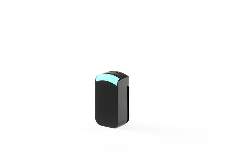 <p>At the bottom of the device, a tiny, detachable sensor constantly monitors air quality and can automatically adjust how fast the filter works.</p>