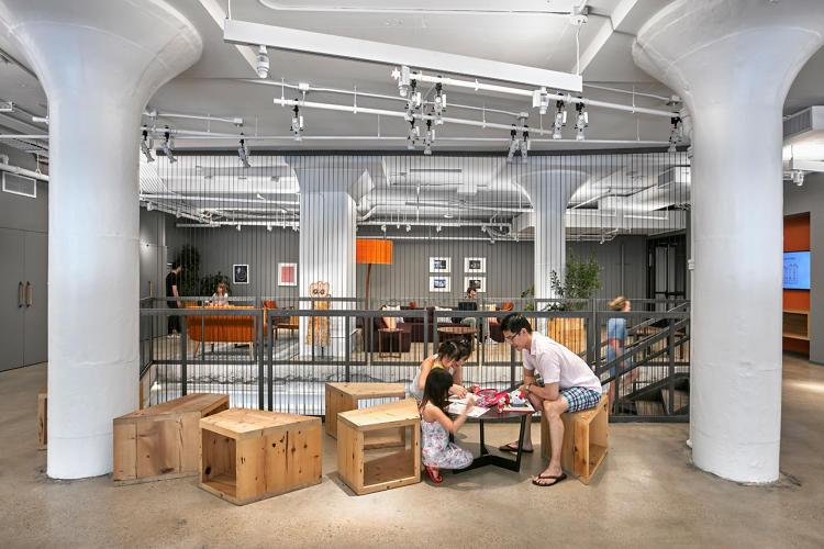 <p>In May, Etsy moved into its new HQ in the DUMBO neighborhood of Brooklyn. To convert the industrial building into offices, the company hired Gensler.</p>