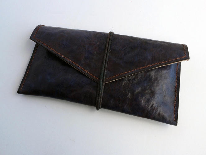 <p>Each batch of plant waste can grow multiple pieces of the leather. Any leftover waste can be sold to farmers as a product that improves soil.</p>
