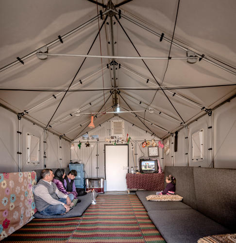 <p>Interior of a Better Shelter prototype in Kawergosk Refugee Camp, Erbil, Iraq. Better Shelter. 2015.</p>
