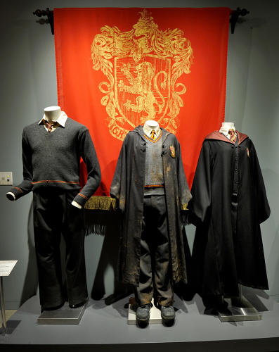 <p>Ron Weasley, Harry Potter, and Hermione Granger costumes (<em>Harry Potter</em>)</p>