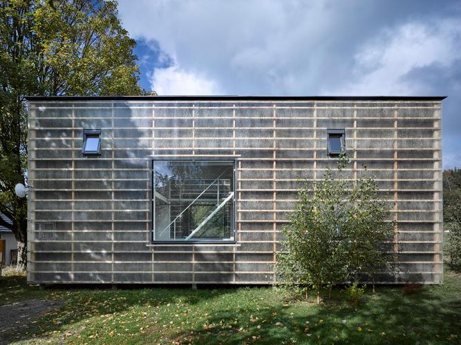 [Image: 3066762-slide-7-this-house-is-a-metaphor...alance.jpg]