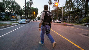 This App Warns Undocumented Immigrants When Raids Are Coming