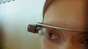 "This Software Flags ""Inappropriate"" Google Glass Photos"