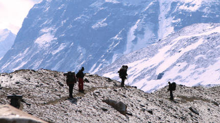 What Himalayan Mountain Climbers Can Teach Us About Office Hierarchy