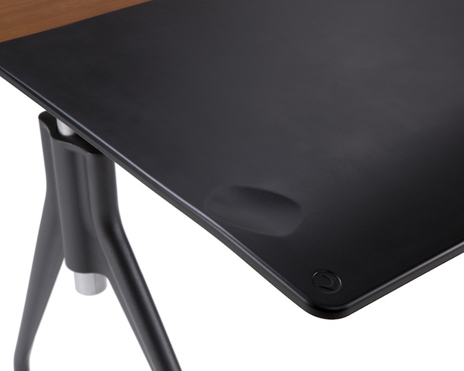 Envelop Desk Has A Flexible Table Top Ergonomically Designed To Make It Comfortable For People Park In Front Of Computer Hours On End Or As