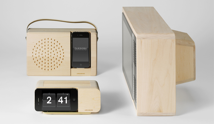A Dock That Turns The iPhone Into An Analog Alarm Clock