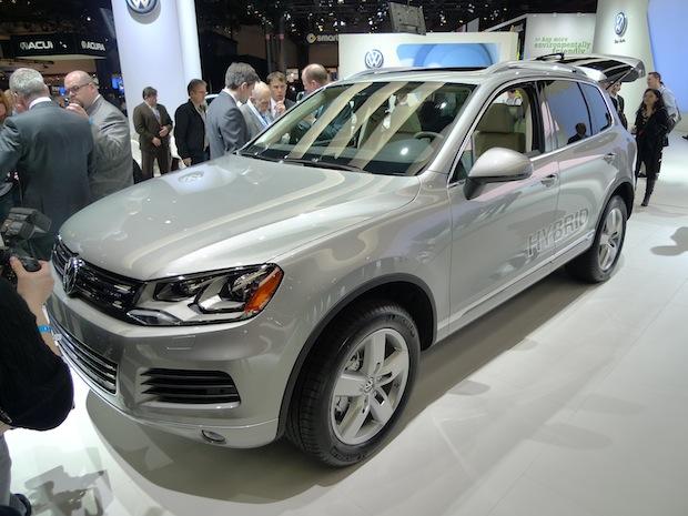 Volkswagen 2011 Touareg Hybrid