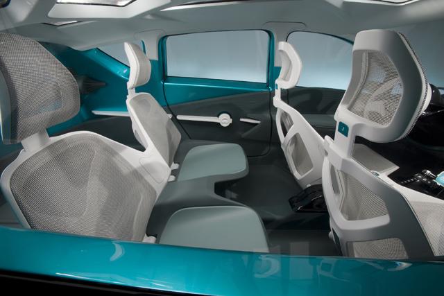 Prius-C-Int-2