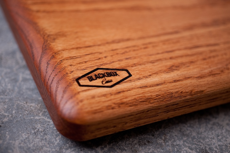Wanted: Lumberjack-Style Laptop Cases Handmade From Solid Oak