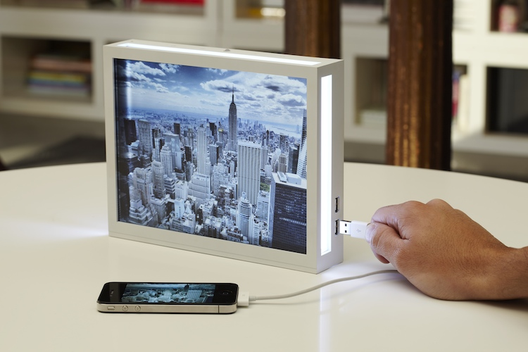 Wanted: Parrot, a Digital Frame That Actually Looks Good